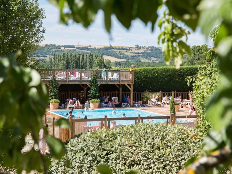 Grande piscine en Drôme des collines