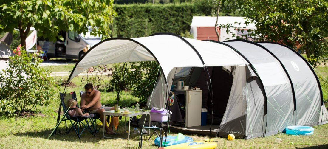 emplacement de camping drome