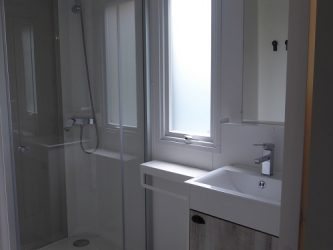 salle de bains mobil home