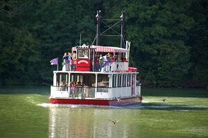 bateau à roue tourisme